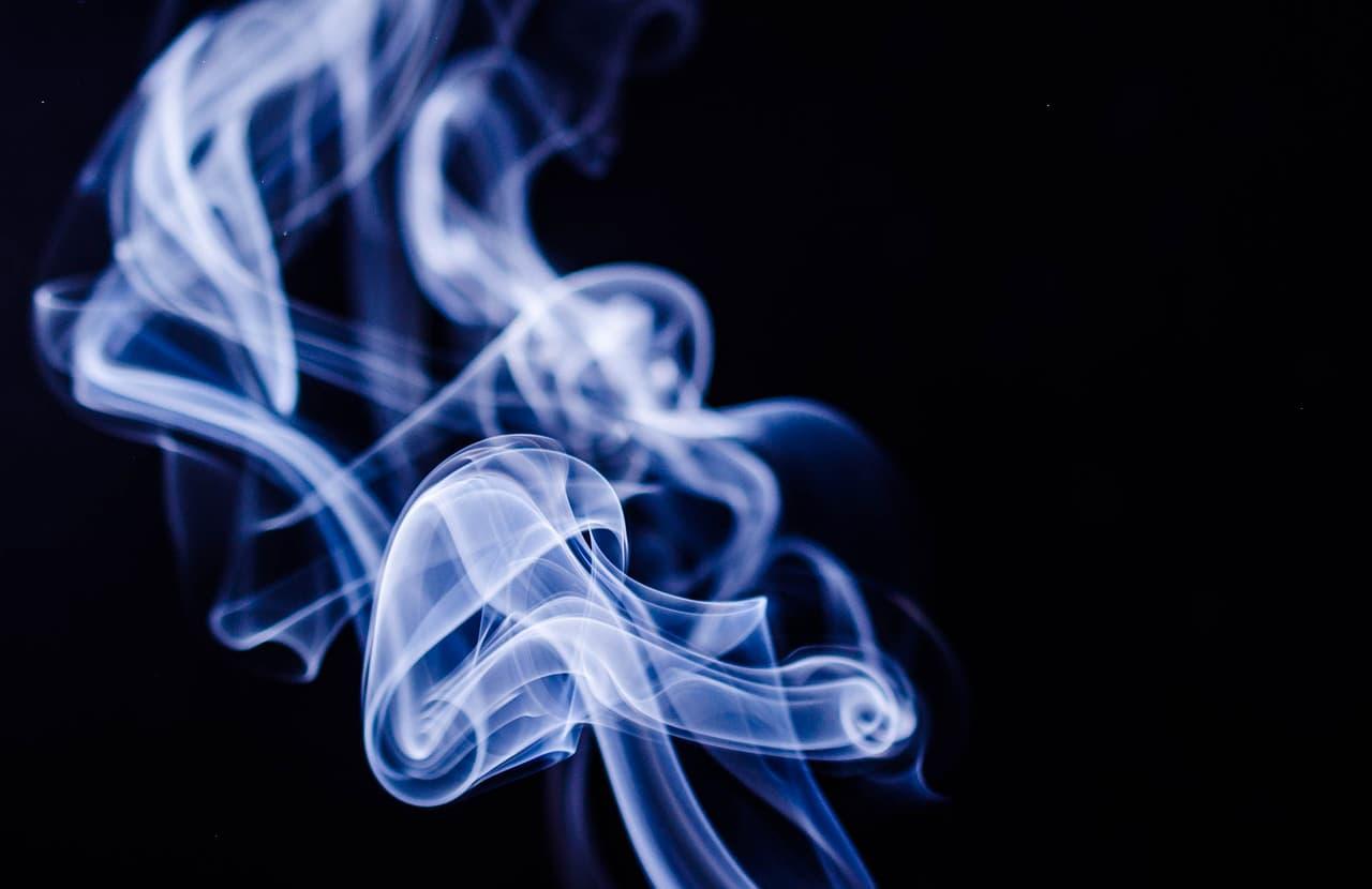 電子・加熱式タバコ